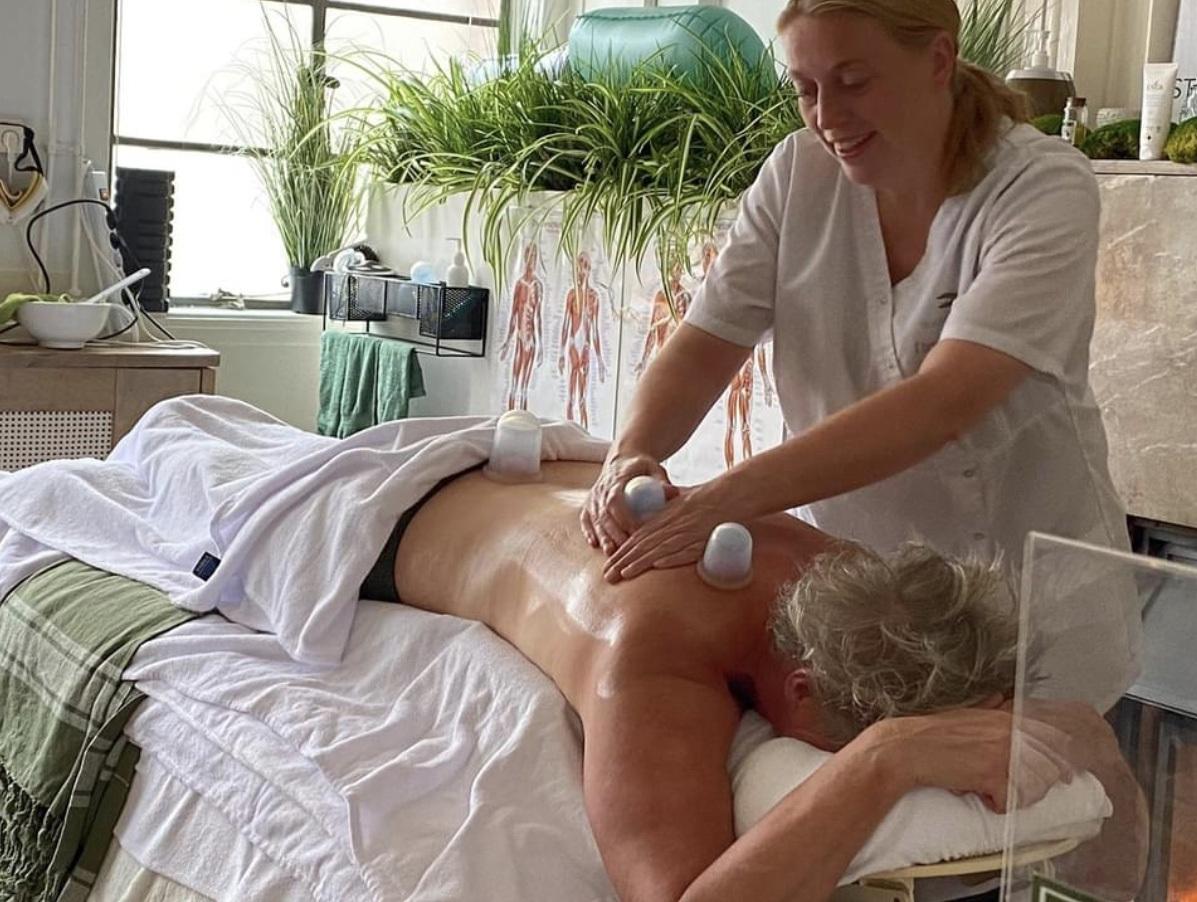 Zo verloopt een Puur Bellabaci cupping massage bij Studio Puur